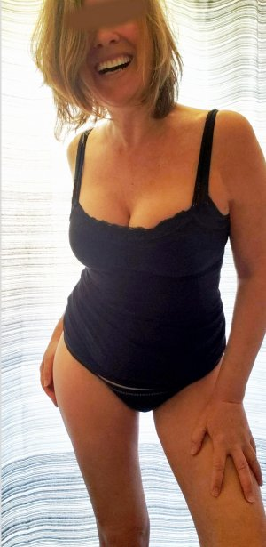 Kimia adult dating in Rosemont CA